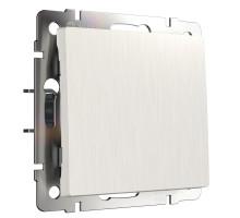W1112013/ Выключатель одноклавишный проходной (перламутровый рифленый)